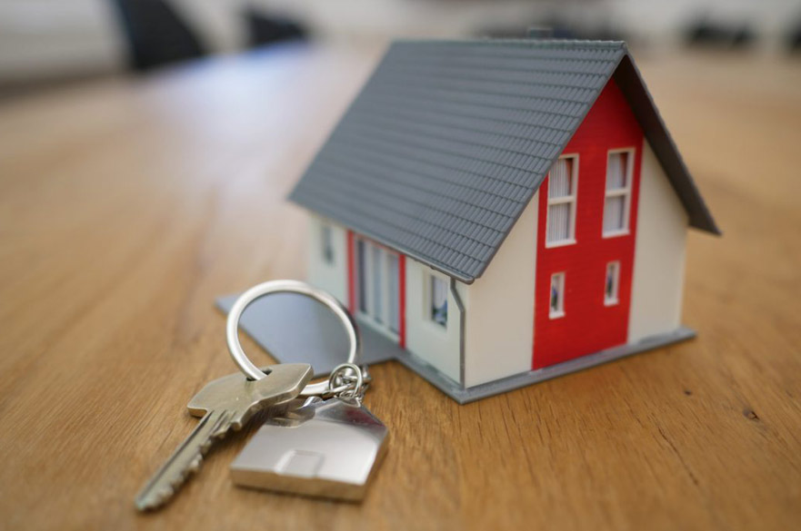 Model house keyring