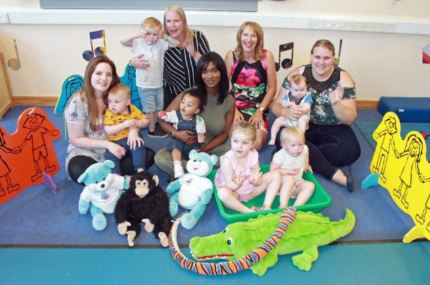 Parents and children at Osmaston and Allenton Children's Centre