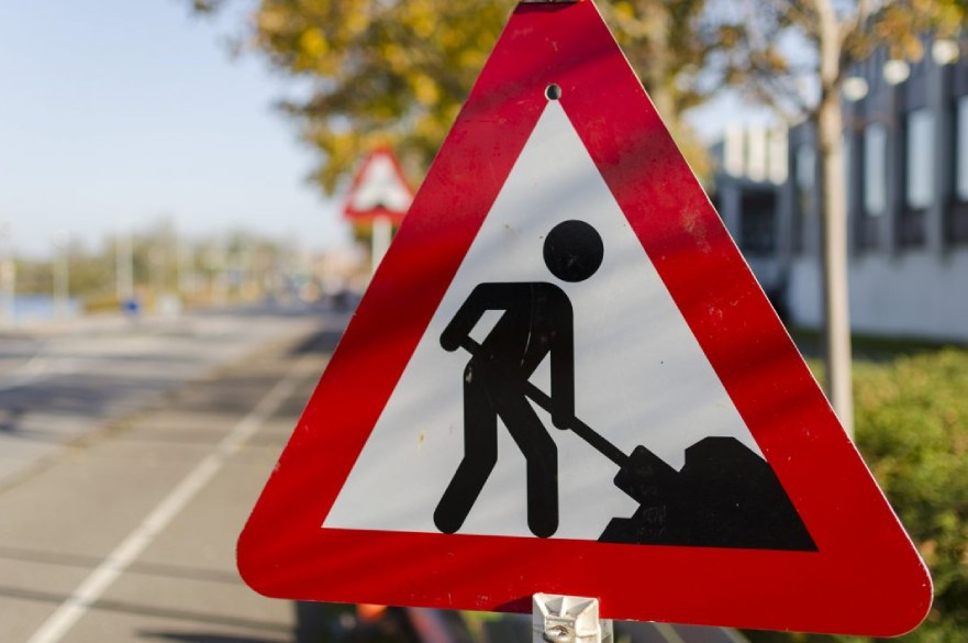 Road works warning triangle